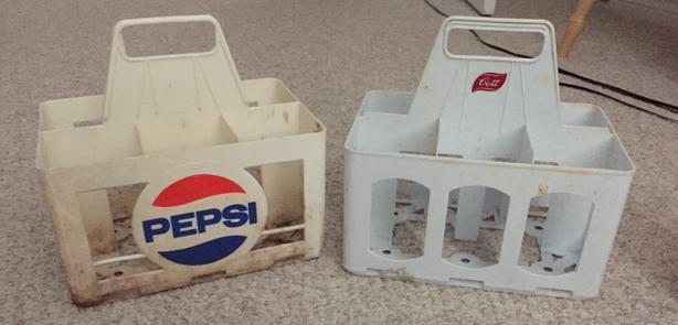 PEPSI-COLA/PEPSI AND COTT PLASTIC 6 BOTTLE CRATE (VINTAGE)
