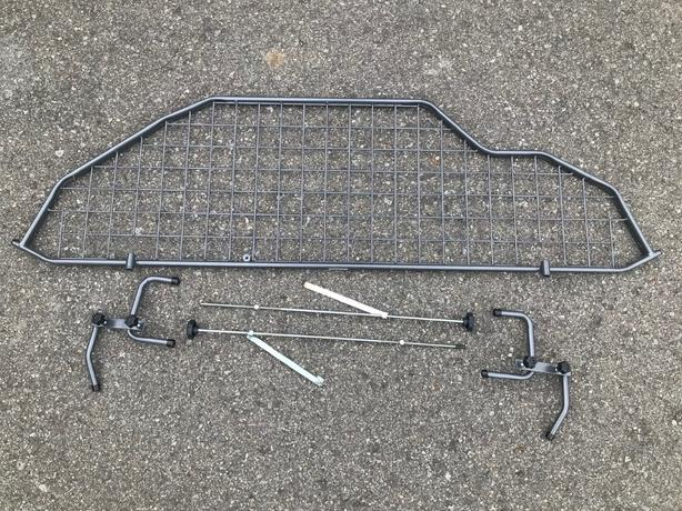 Free barrier grate for Honda CRV