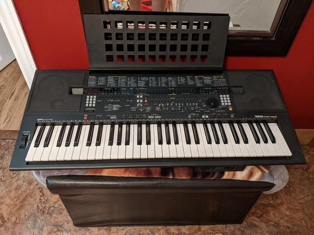 Yamaha keyboard PSR-SQ16