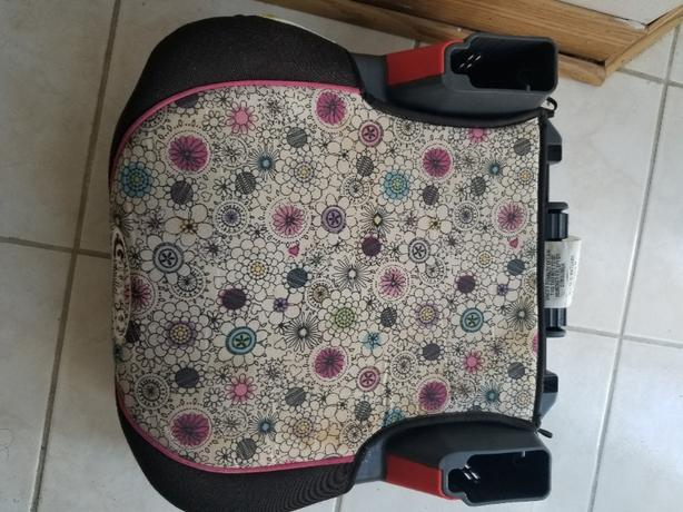 car booster seat for 5 to 8 years