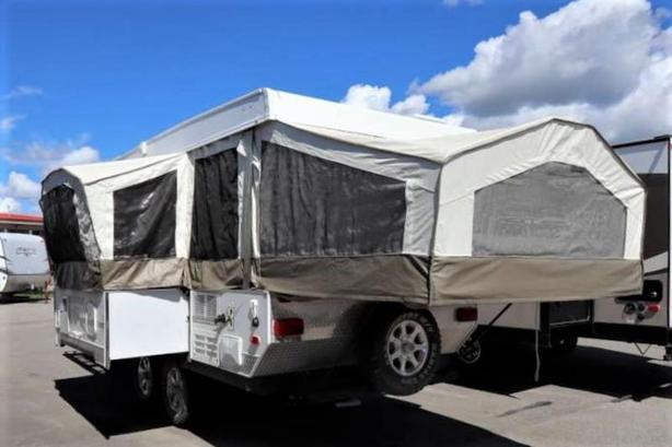 2007 Forest River ROCKWOOD 282FDTH