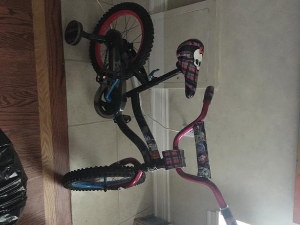 Monster High Girls Bike