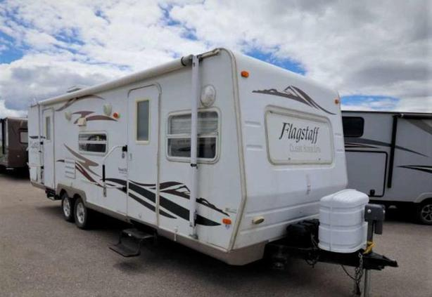 2008 Forest River FLAGSTAFF 827FL