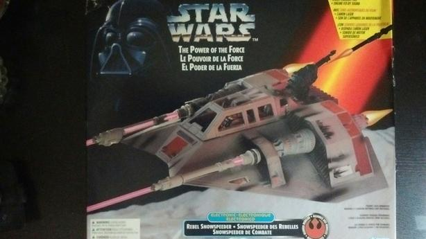 1995 KENNER THE POWER OF THE FORCE ELECTRONIC REBAL SNOWSPEEDER