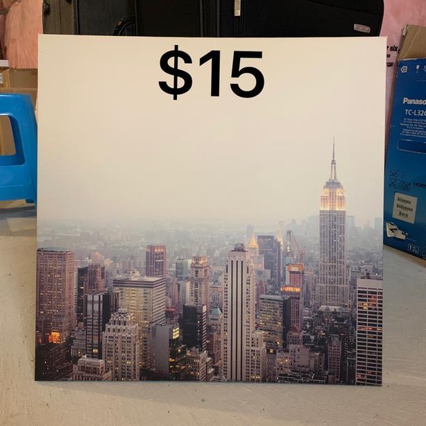 New york handing picture