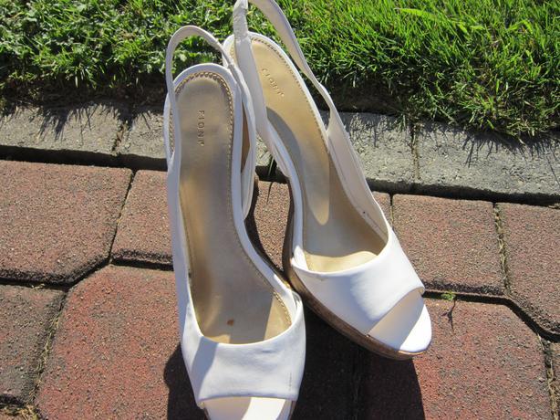 women;s shoes
