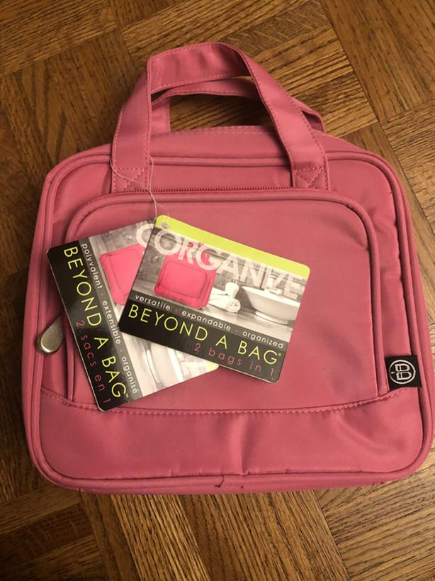 BNWT Beyond A Bag 2 Bags in 1 FIRM