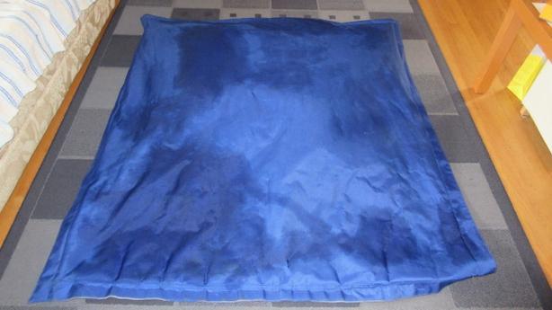 Blue bean bag -÷