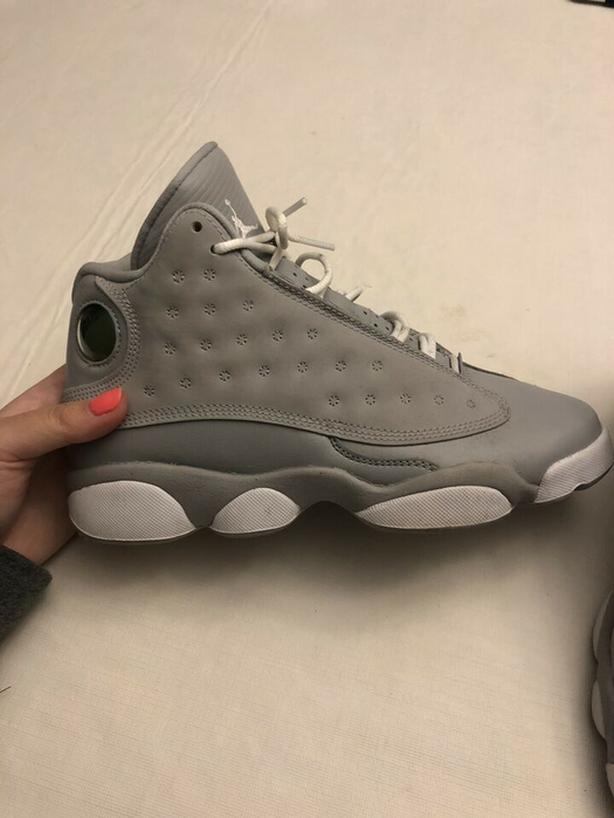 Authentic Jordan 13 Retro Wolf Grey Deadly Pink (GS) Size 5