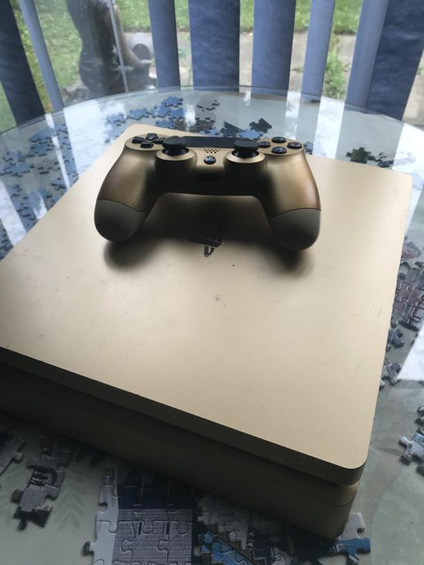 Limited Edition Gold Playstation