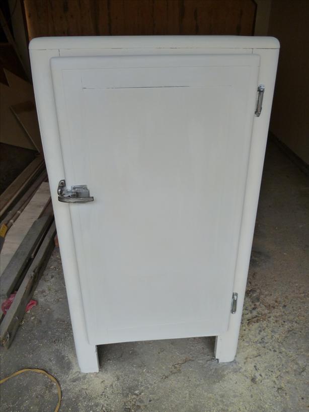 Ice Box - Freezer