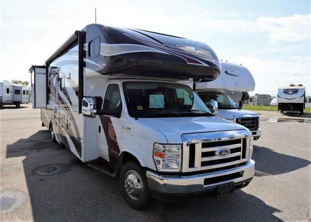 2014 Winnebago ACCESS PREMIER 30P
