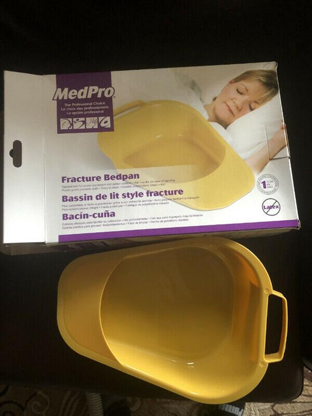 MedPro Fracture Bed Pan with Plastic Guard and Built-In Handle