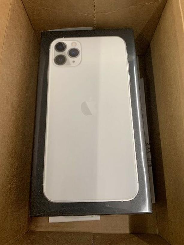Apple iphone 11PRO 256GB Fcatory unlocked