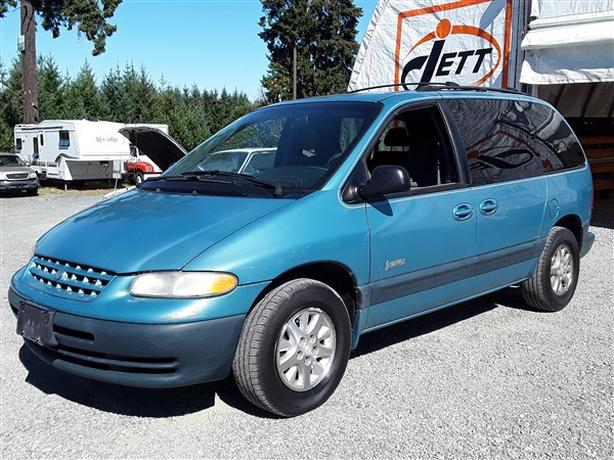1998 PLYMOUTH VOYAGER SE LIVE FOR AUCTION!