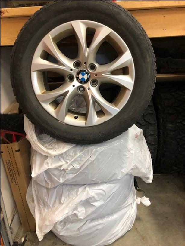 BMW X3/ 5 bolt stock rims with Nokian Hakkapeliitta Ice and Snow tires