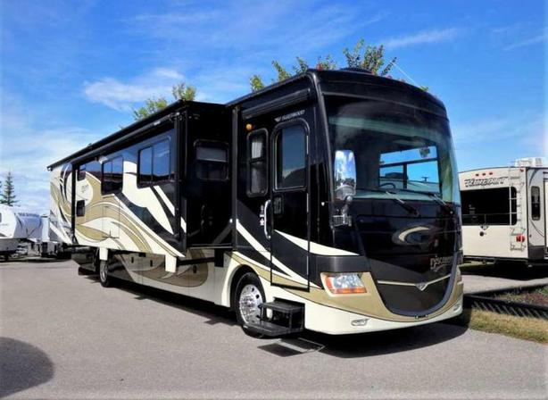 2010 Fleetwood DISCOVERY 40G