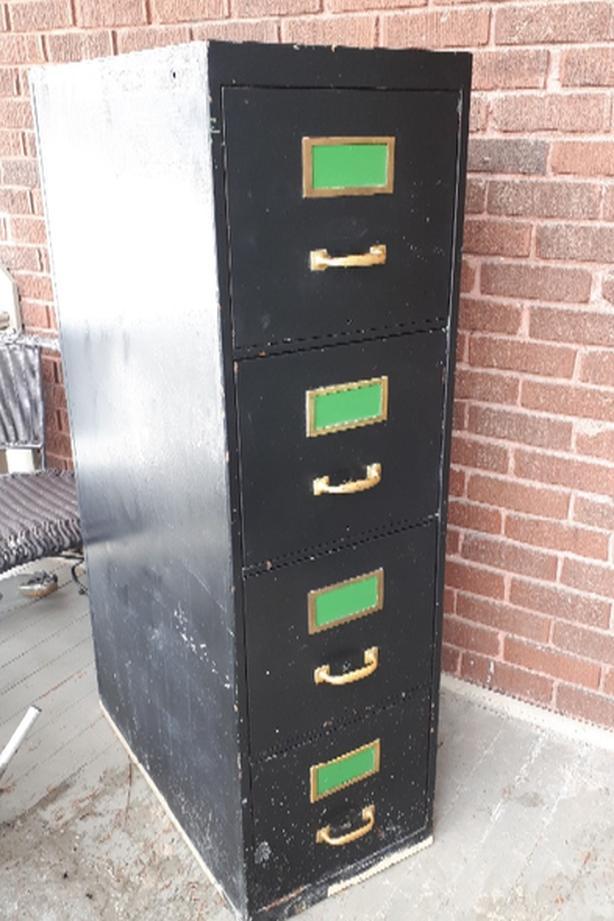 FREE: filing cabinet