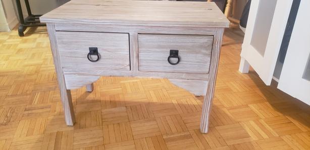 Medium size table