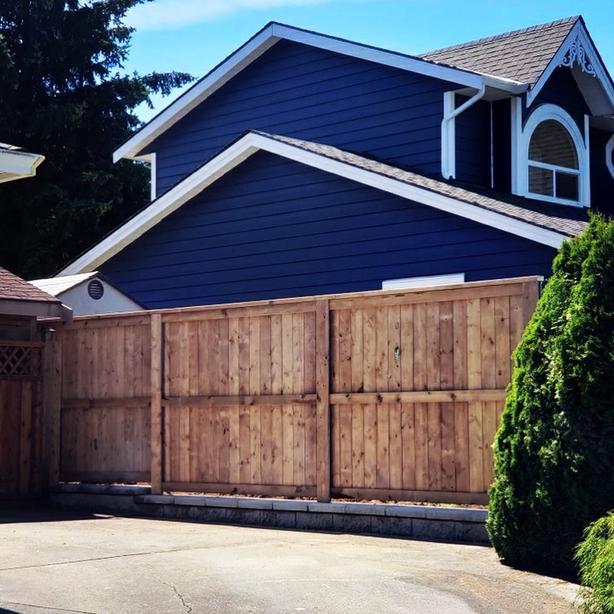 Custom Acreage Fence