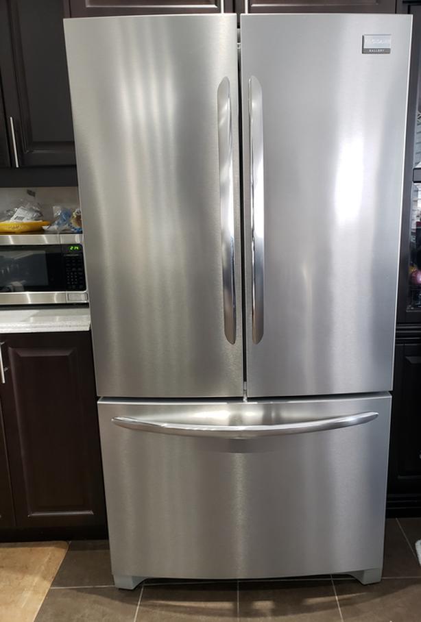 "36""Stainless Steel Frigidaire French Door26.8cu Refrigerator"