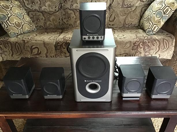 Altec Lansing bookcase speakers