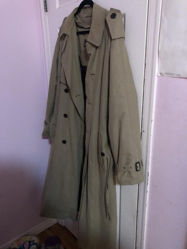 Green/beige Trench coat