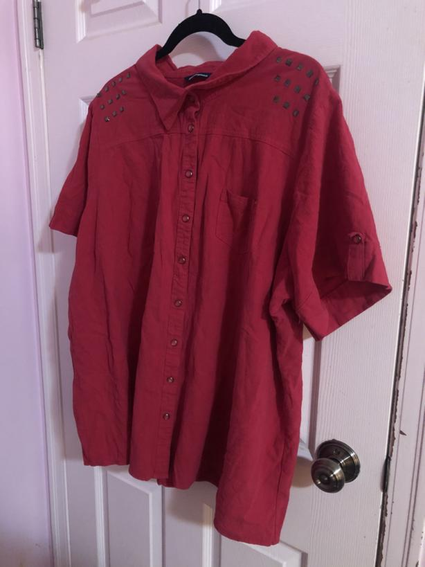 Pink collard shirt
