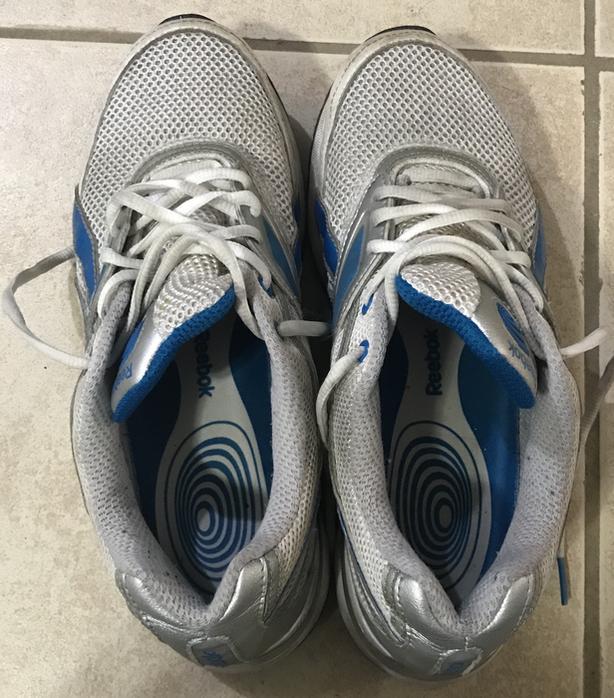 Shoes size 9 Reebok