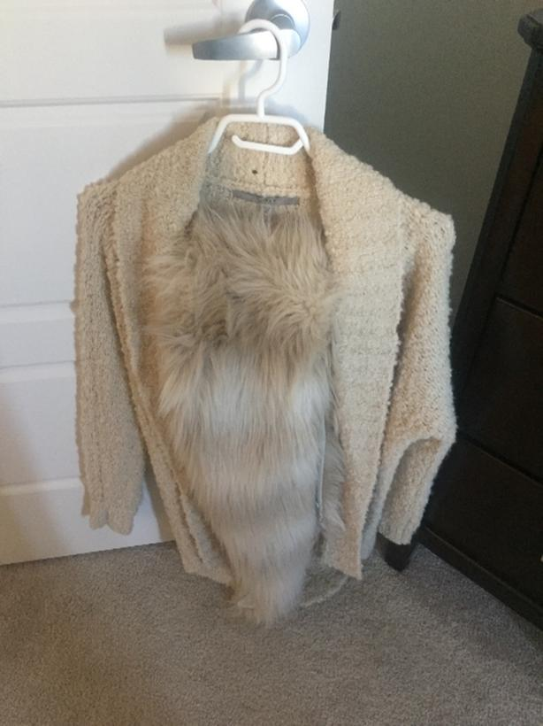 Guess Faux Fur Women's Cardigan Sweater Size XXS