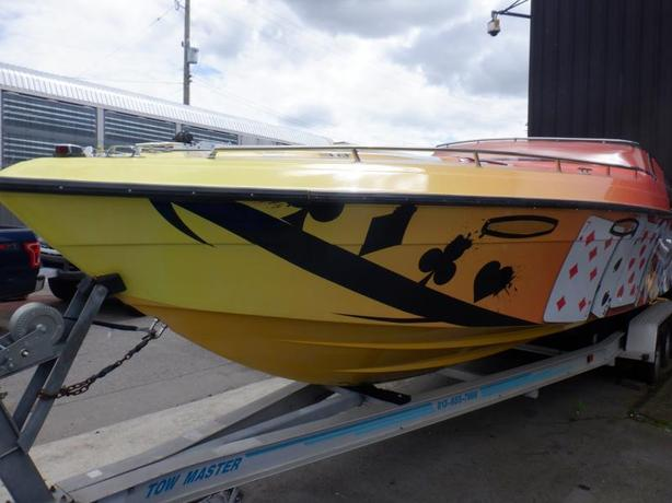1990 Baja 31 Foot Power Boat Twin 454's with Trailer