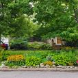 Own your home in the heart of McKellar Park!!