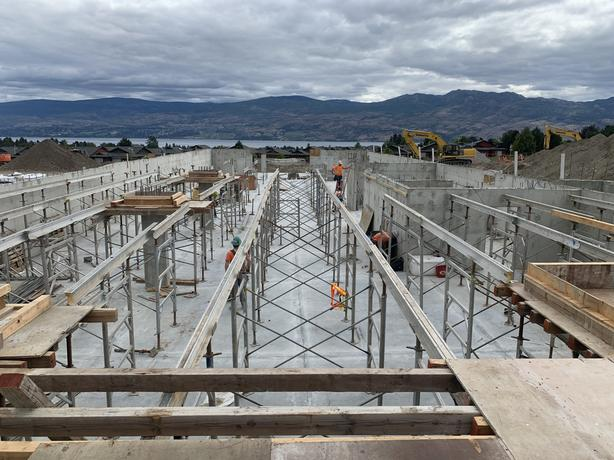 Commercial forming and framing crew available