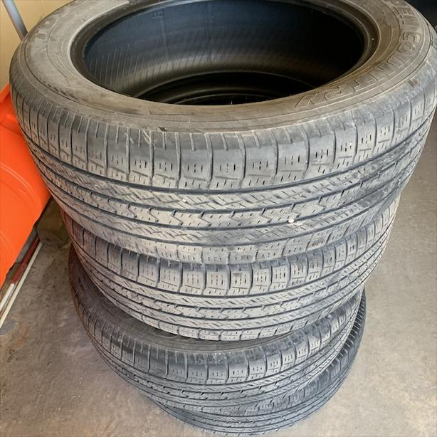 Mint Condition 4 tires Open Country Toyo A20- 235/55/18