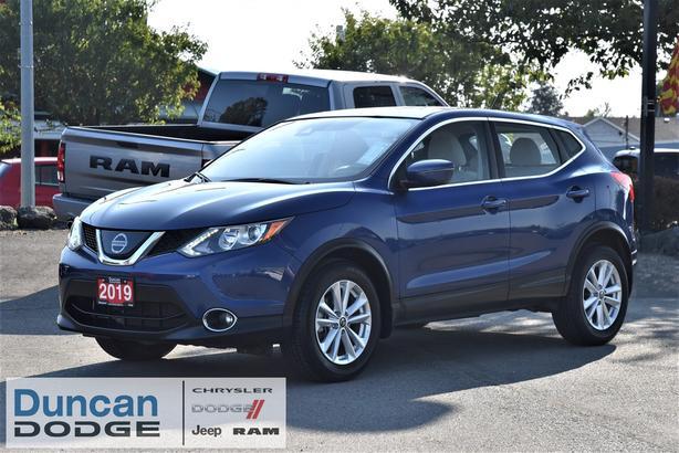 Used 2019 Nissan Qashqai SV *AWD* SUV