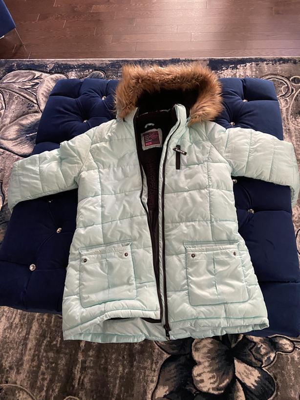 ice blue justice teen winter jacket (barely used ) no rips size 18/20