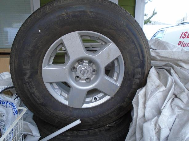 16 INCH TIRE AND RIMS P265 70 R 16