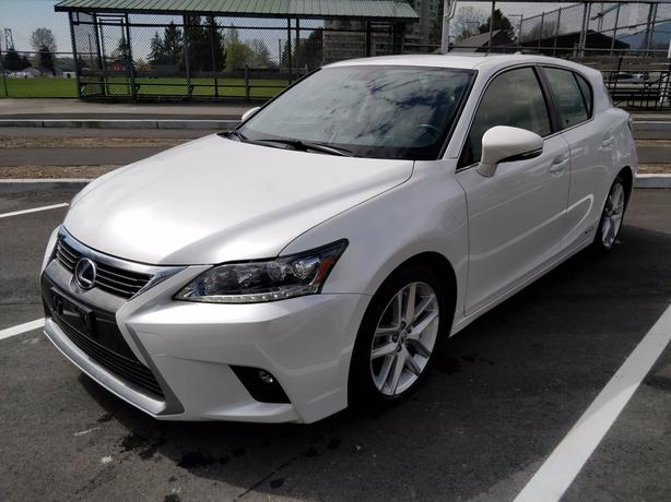 Pre-Owned 2015 Lexus CT 200h FWD 4D Hatchback
