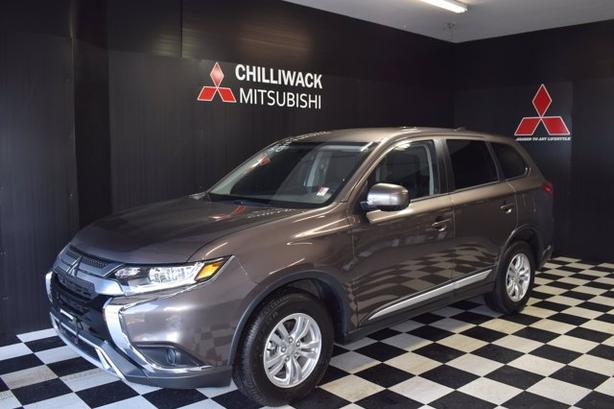 Pre-Owned 2019 Mitsubishi Outlander ES 4WD Sport Utility