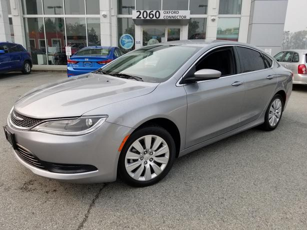2015 Chrysler 200 LX A/C-Power Group-Auto FWD