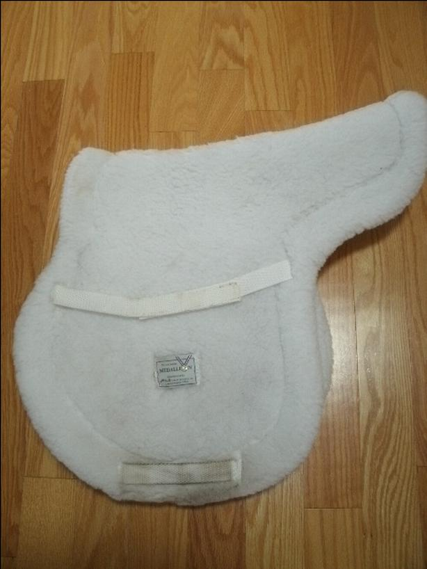 Medallion White Saddle Pads $15 $ $20