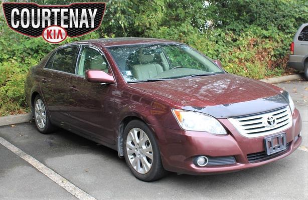 2010 Toyota Avalon XLS w/Sunroof - Red -