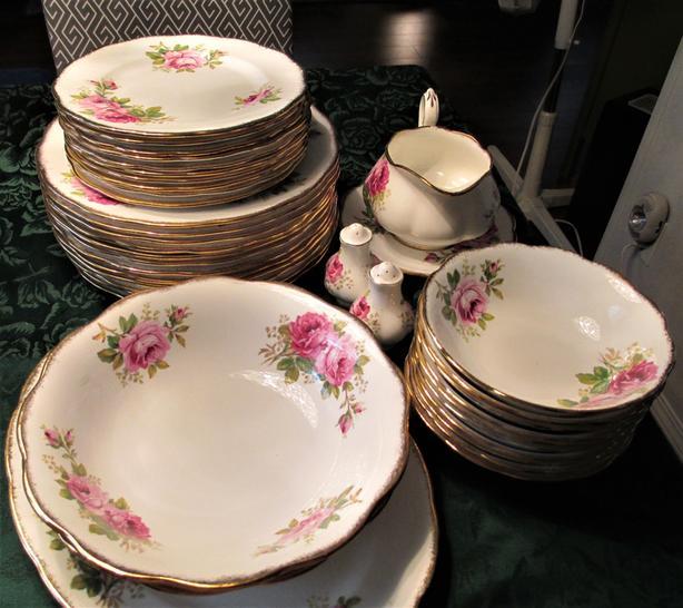American Beauty Rose 10 setting China Dinner Set