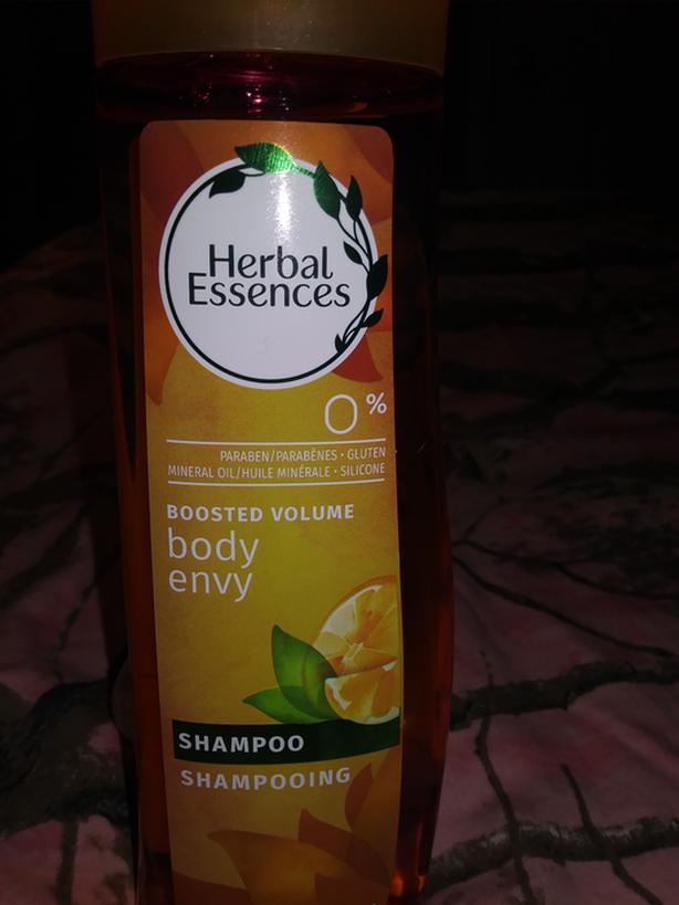 Bn herbal essence shampoo