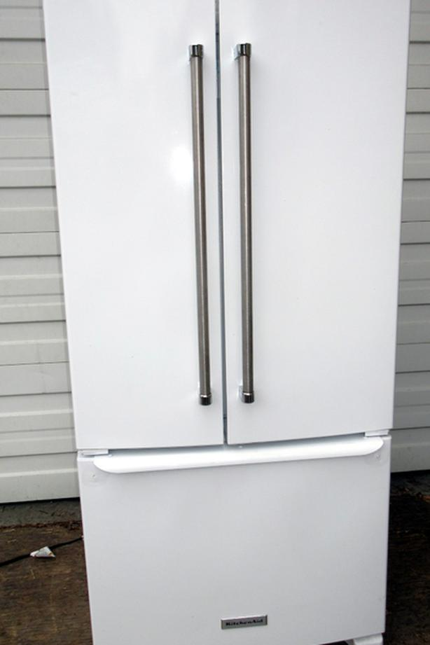 Kitchenaide French Door fridge - Very good condition -clean, cold