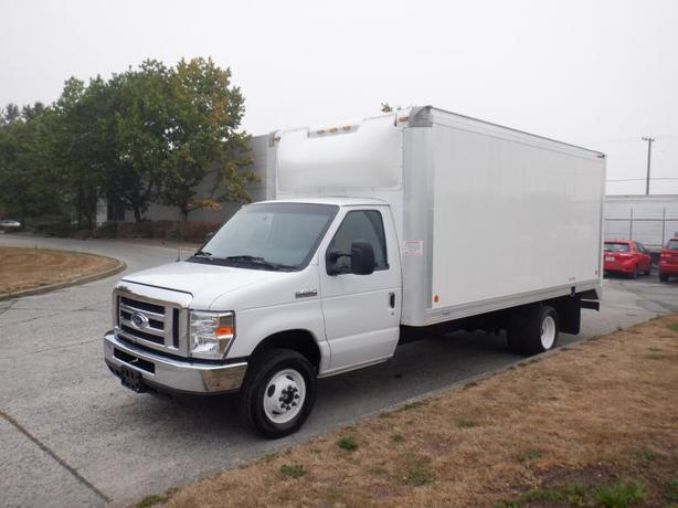 2017 Ford Econoline E450 16 Foot Cube Van With Ramp