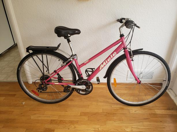 Miele commuter bike...like new