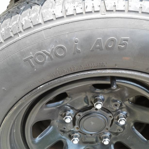 TOYO 215/60 R15 All Season M&S  x 2