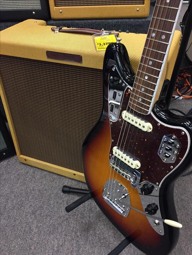 Tom Lee Music Nanaimo Fender Original 60's Jaguar