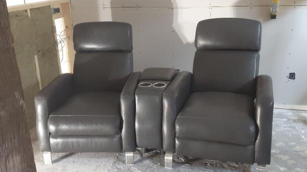 3 peice recliner set